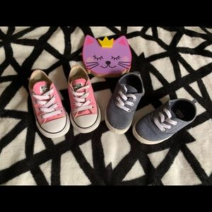 BUNDLE!!! CONVERSE and FADED GLORY trainers. Sz7